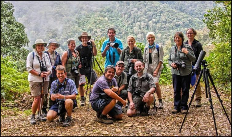 Group on a trek near Savegre Lodge